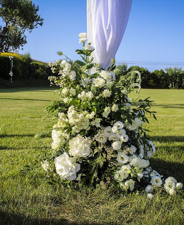 matrimonio-in-puglia-composizone-fiori
