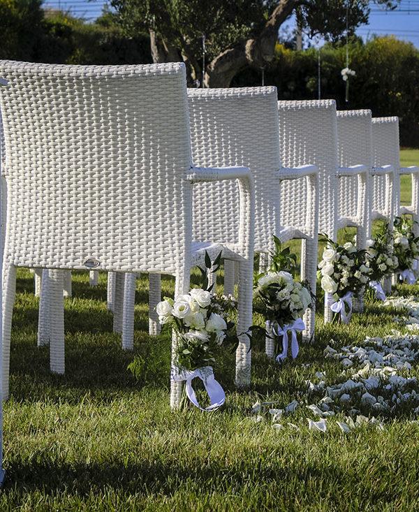 matrimonio-in-puglia-fiori-bianchi