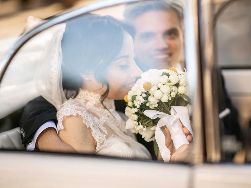 Wedding Apulia sposa in macchina