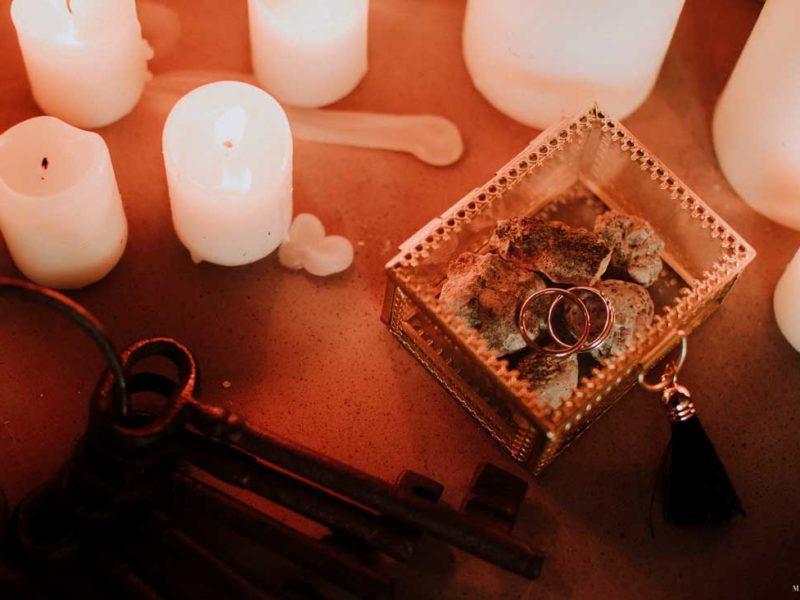 matrimonio boho chic inspiration matera anelli e chiavi