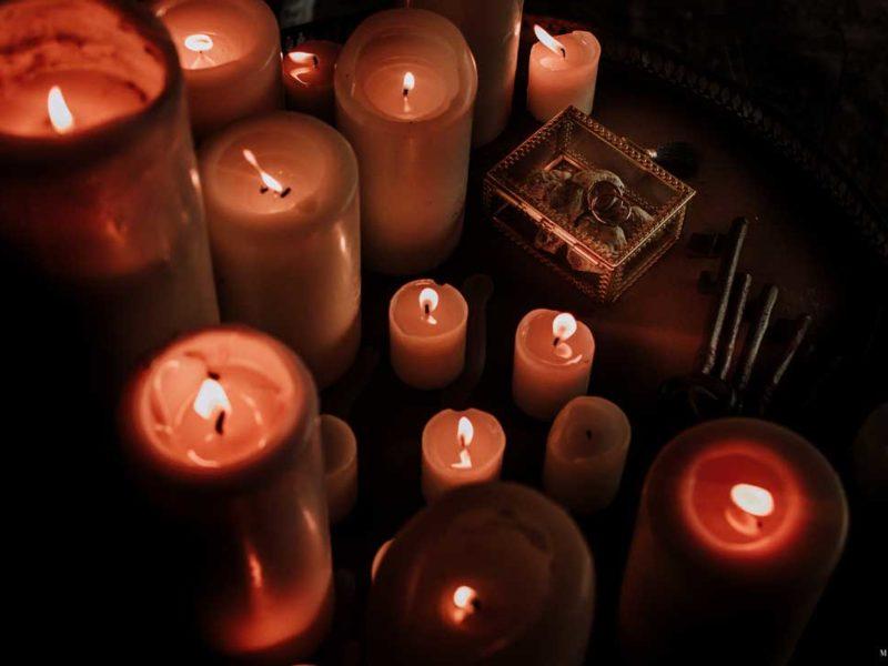 matrimonio boho chic inspiration matera candele e anelli