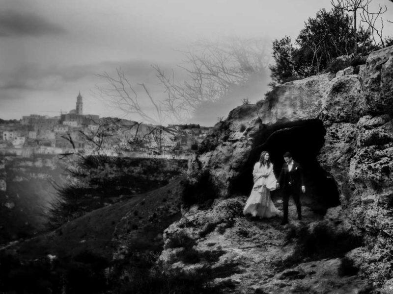 matrimonio boho chic inspiration matera sposi grotta in bianco e nero