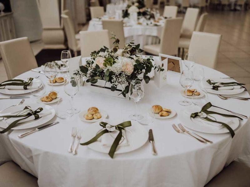 wedding in puglia tavolo apparecchiato