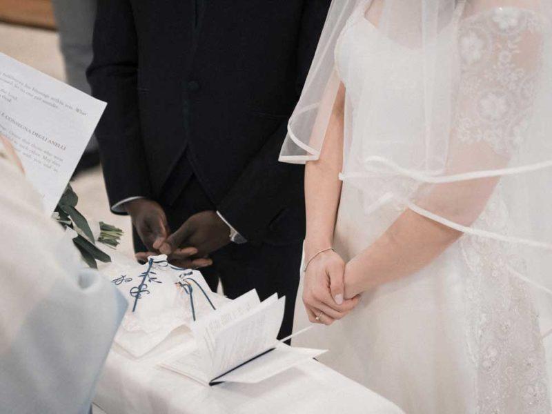 wedding in puglia scambio degli anelli