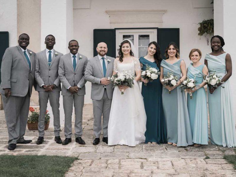 wedding in puglia sposa con amici