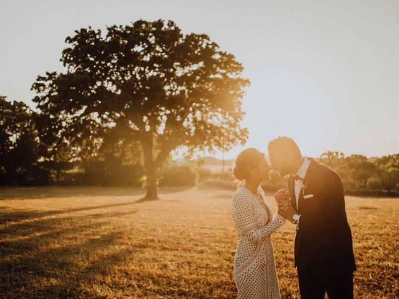 wedding in puglia angelo e celeste sorridenti al tramonto