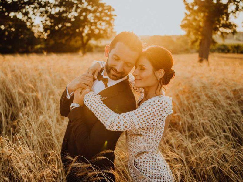 wedding in puglia angelo e celeste teneri nei campi