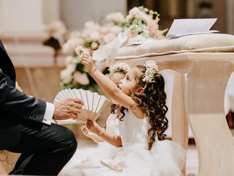 wedding in puglia marco e viviana bimbe e sposo
