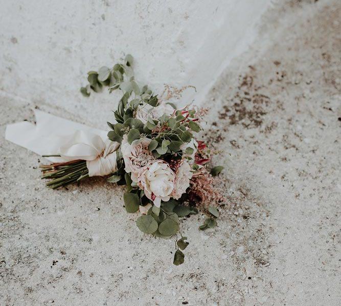 wedding in puglia marco e viviana bouquet