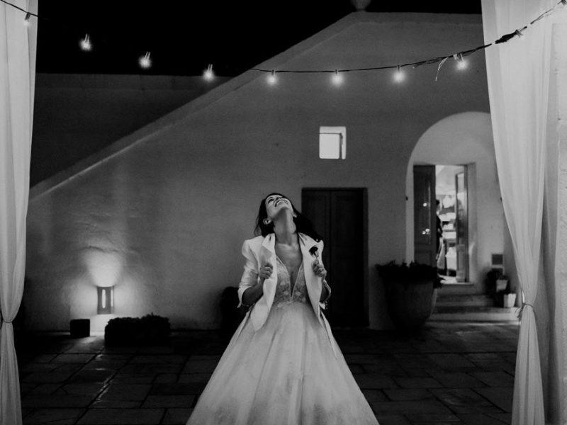 wedding in puglia marco e viviana sposa bianco e nero