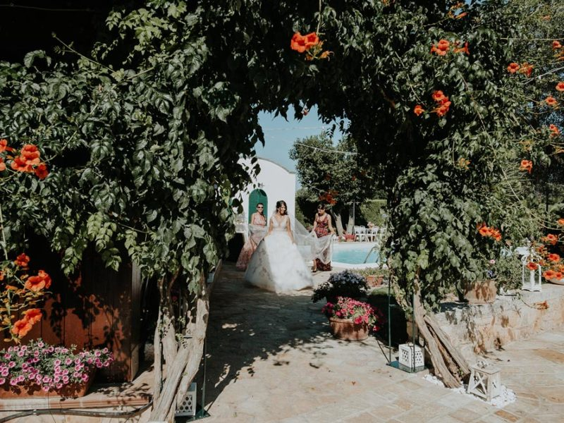 wedding in puglia marco e viviana sposa e fiori