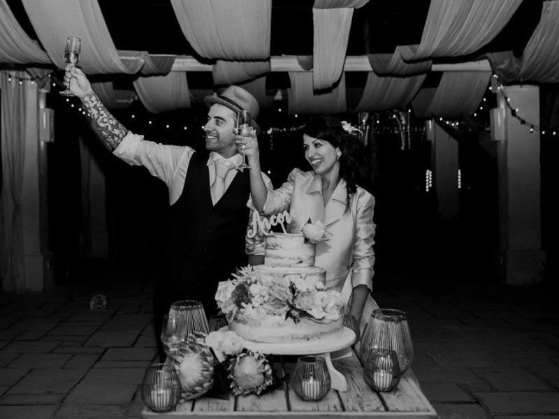 wedding in puglia marco e viviana taglio della torta