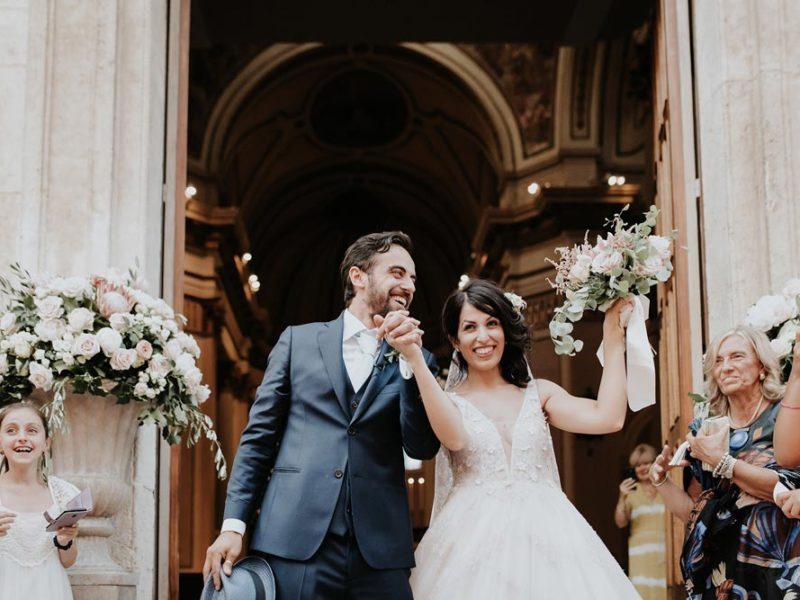 wedding in puglia marco e viviana uscita dalla chiesa