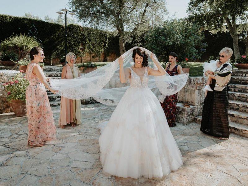 wedding in puglia marco e viviana velo sposa