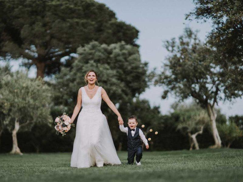 wedding in puglia renee e mattia sorridenti